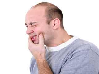दर्दभरी है मुंह के छालों की समस्या