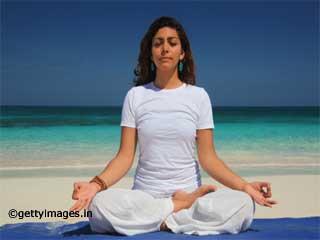 भस्त्रिका प्राणायाम- वज़न घटाने के लिए योगा