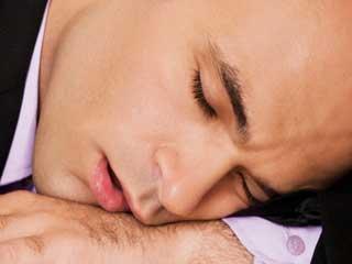 अपनी सोने की आदतों से जानें खुद के बारे में ये बातें