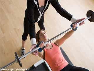 महिलाओं के लिए व्यायाम-बेंच प्रेस