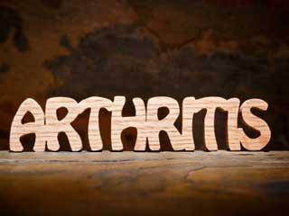 गठिया और सामान्य जोड़ों के दर्द में होते हैं ये अंतर