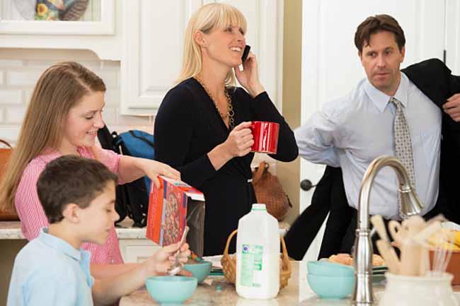 माता-पिता की व्यस्तता