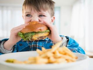 सोडियम युक्त आहार जो बच्चों को पहुंचाये नुकसान