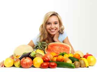 Low-glycemic index foods help to control diabetes and maintain weight.