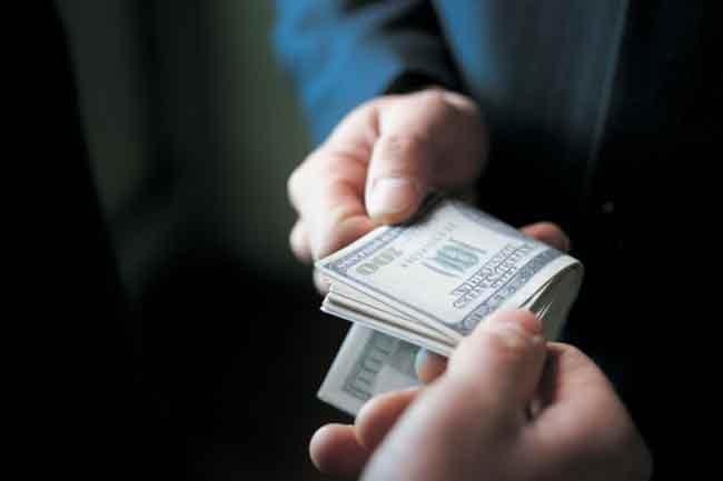 वेतन पर असर