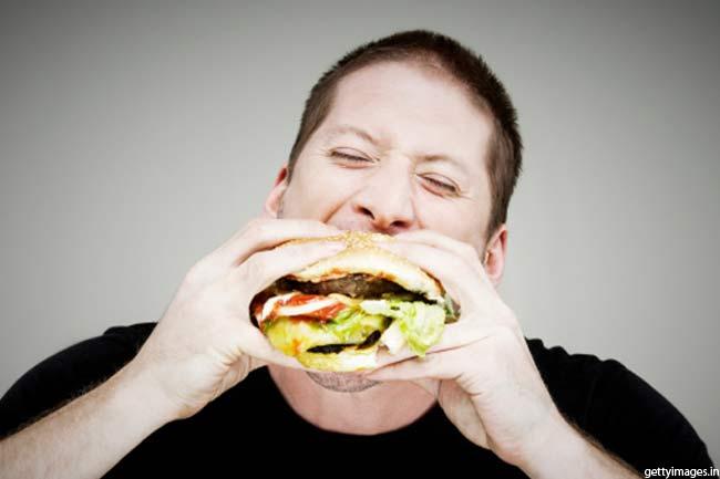 क्यों होती है तनाव में खाने की इच्छा