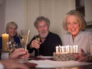 उम्र बढ़ने से जुड़े दस आकर्षक तथ्य