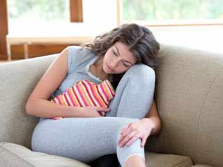आधुनिक युग की महिलाओं की बीमारी है एन्डोमीट्रीओसिस