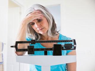 अचानक वजन घटने के इन कारणों को न करें नजरअंदाज