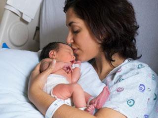 महिलाओं के लिए उम्मीद की किरण है गर्भ प्रत्यारोपण