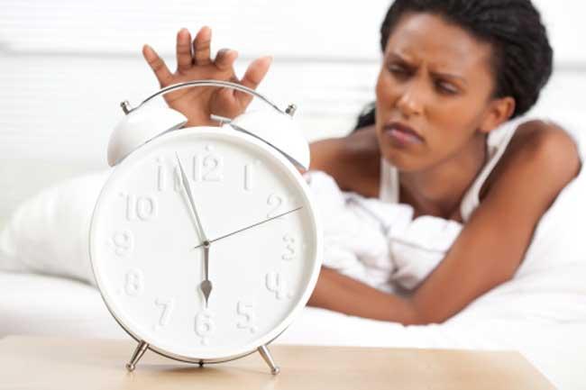 स्नूज़ बटन करे नींद को बर्बाद