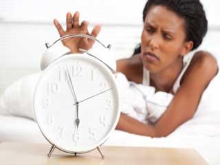 स्नूज़ बटन करता है आपकी नींद को बर्बाद