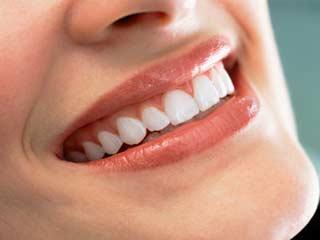 दांतों को सुरक्षित रखने के लिए करें ये सात काम