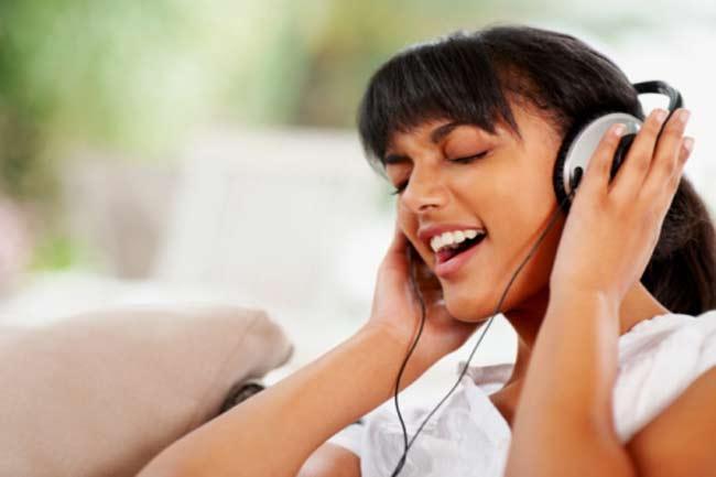 पसंदीदा गाना सुनें