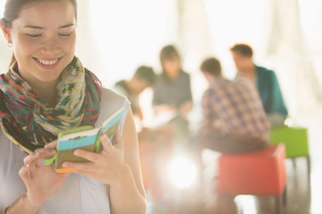 सोशल मीडिया और युवाओं की सुरक्षा