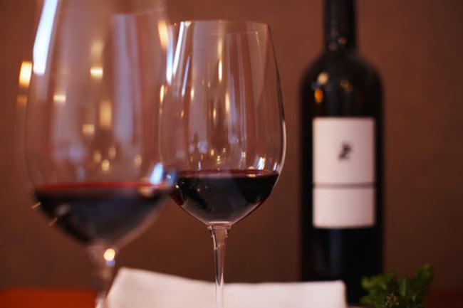 उपाय -रेड वाइन लें
