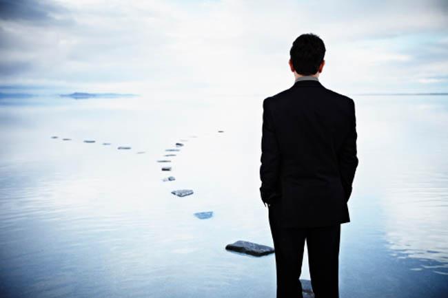 खुद के नकारात्मक कामों में संलग्न रहना