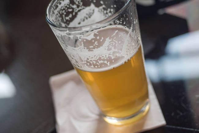 मिथ - एक बीयर से हैंगओवर नहीं होता