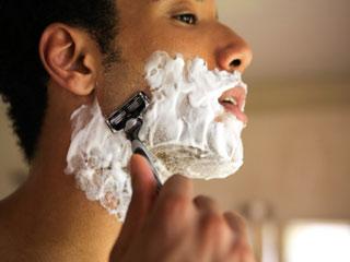 पुरुषों की शेविंग क्रीम के आठ अच्छे विकल्प