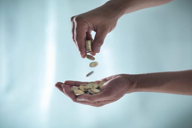 शादी के बाद पैसों को व्यवस्था
