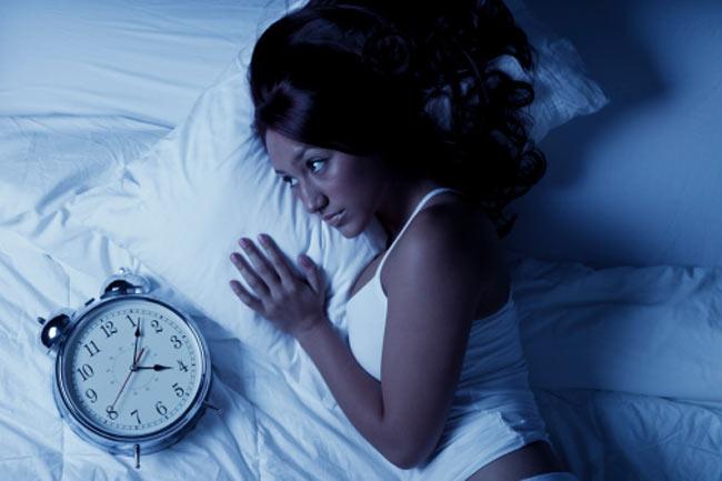 नींद की कमी के नुकसान