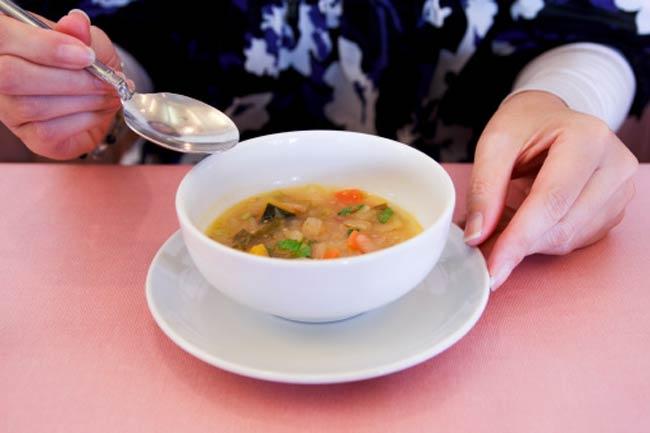 सूप का सेवन
