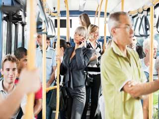 सार्वजनिक परिवहन से यात्रा में होती हैं कुछ मुसीबतें