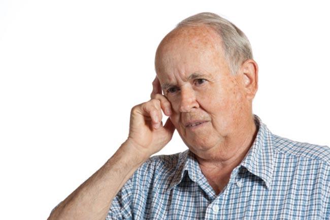 डिमेंशिया उम्र बढ़ने पर भूलने की बीमारी से अलग है