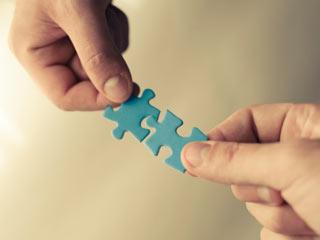 किसी नए इंसान के साथ कैसे बनाएं रिश्तों को करीबी