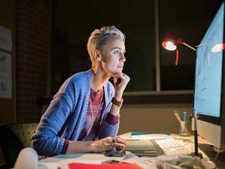 काम के बोझ से महिलाओं में बढ़ता है हृदय रोग का खतरा