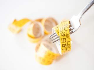 इन घरेलू नुस्ख़ों से आसानी से घटाएं अपना वजन