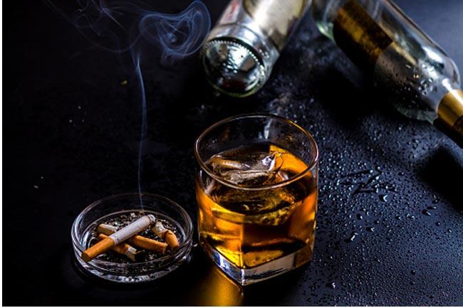 शराब-सिगरेट की लत