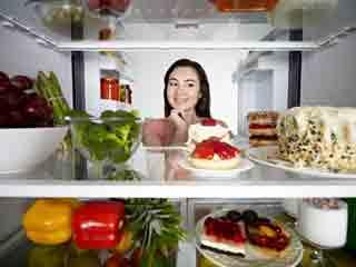 इन कारणों से बचे हुए आहार का न करें सेवन