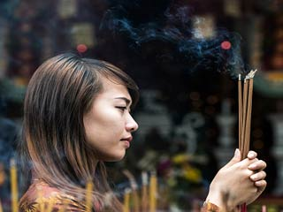 अगरबत्ती का धुआं आपके लिए हो सकता है जानलेवा
