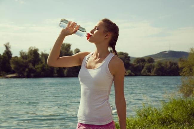 प्लास्टिक की बोतल