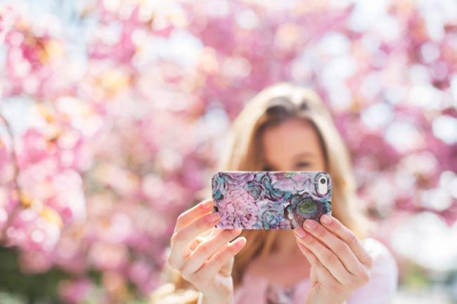 हमेशा अपनी फोटो दिखाना