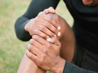 घुटनों का दर्द दूर करें ये 6 एक्सरसाइज