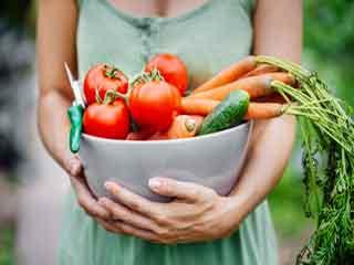 महिलाओं में प्रजनन क्षमता बढ़ाने वाले आहार
