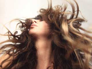 Tips to Get Rid of Sweaty Hair during Summers