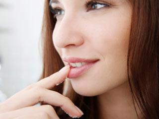 होठों पर ग्लिसरीन लगाने से होते हैं ये 7 फायदे
