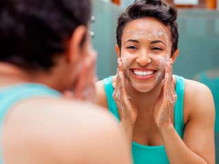 3 Good reasons why you shouldn't use soap on your face