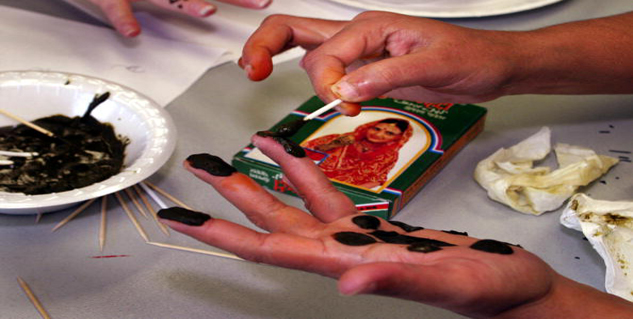 Henna leaves in hindi