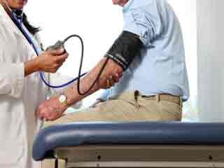 उच्च रक्तचाप को कैसे करें नियंत्रित