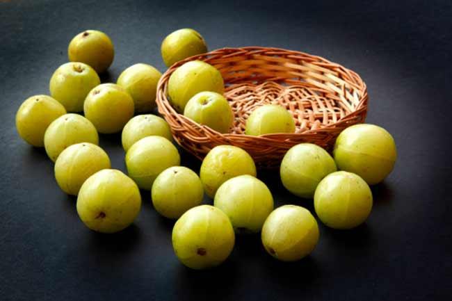 आंवला खाने के फायदे