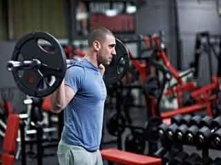 क्या स्ट्रेंथ ट्रेनिंग से बढ़ता है वजन