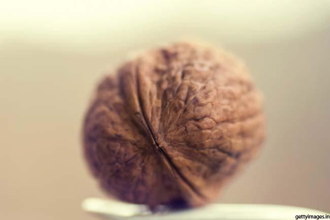 रोजाना के नाश्ते में अखरोट का सेवन
