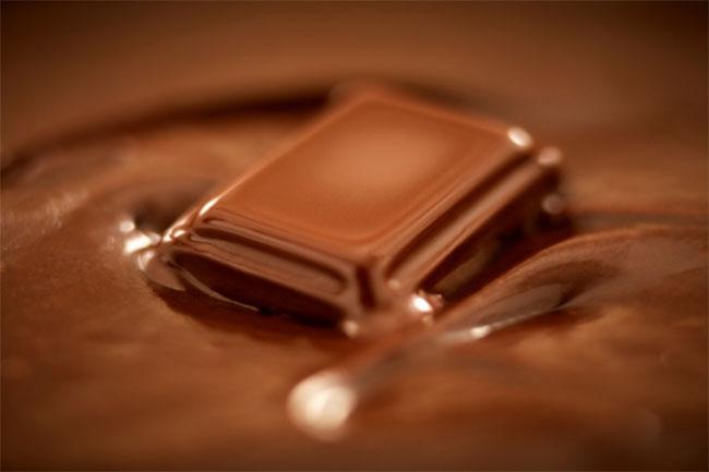 चॉकलेट से दूरी