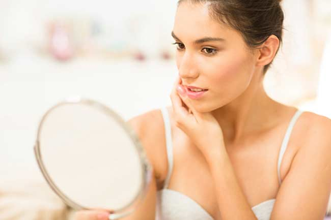 To Fight Dry Skin, Look No Beyond Your Kitchen Cabinet!