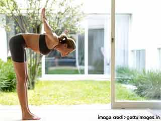 कमर और पीठ के स्वास्थ्य के लिए योग - कटि  शक्ति  विकासक क्रिया
