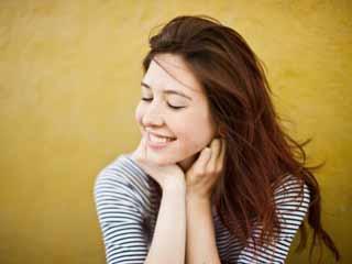 पतले बालों को घना दिखाने के 8 तरीके